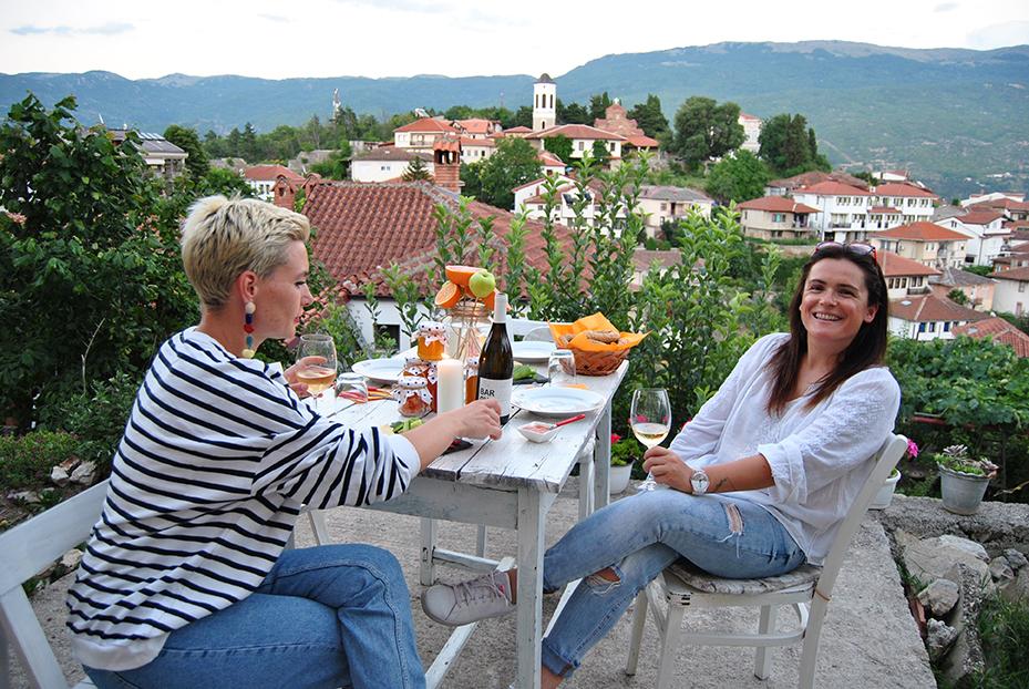 TrekkМe – Две девојки кои нудат незаборавни домашни вкусови и уникатни планинарски тури од Охрид